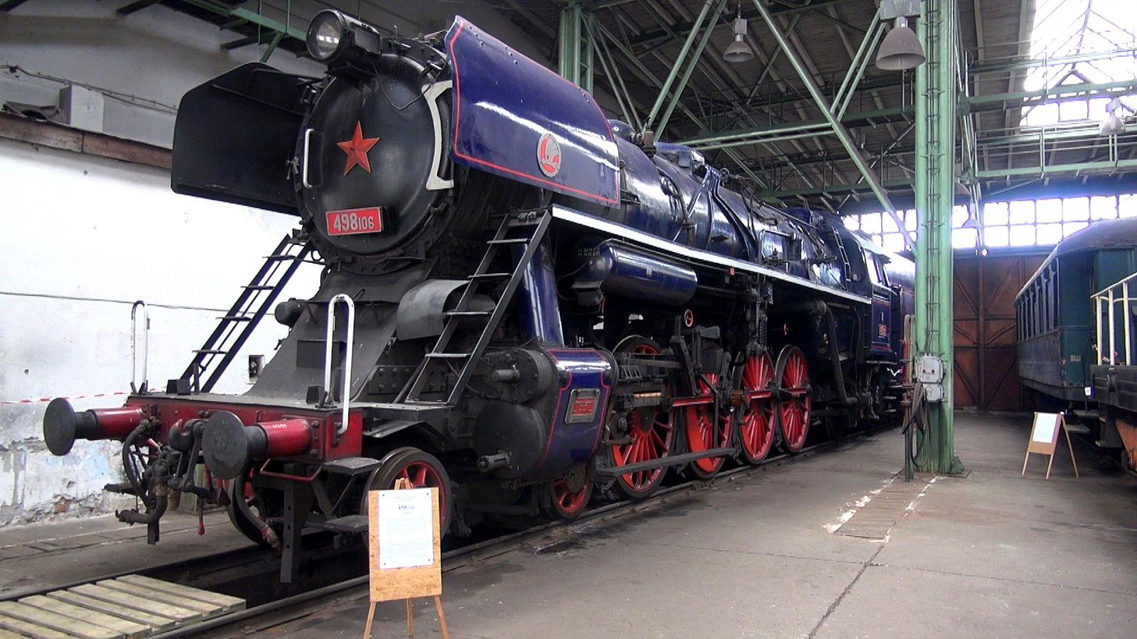 Parní lokomotiva v depozitáři NTM v Chomutově