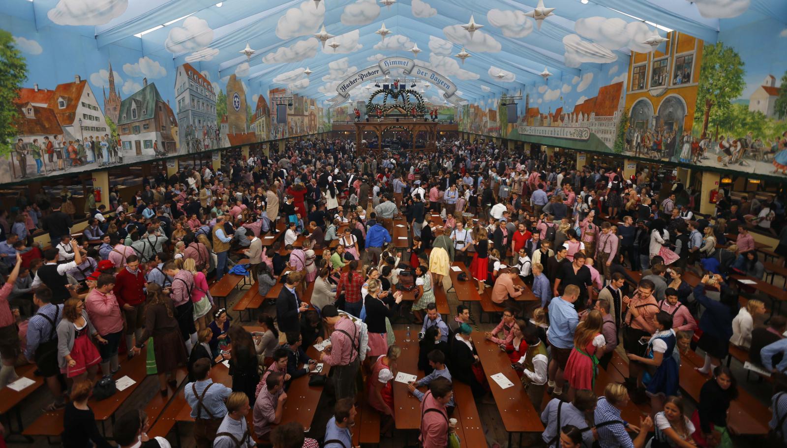 Na Tereziánské louce v Mnichově začal 182. Oktoberfest