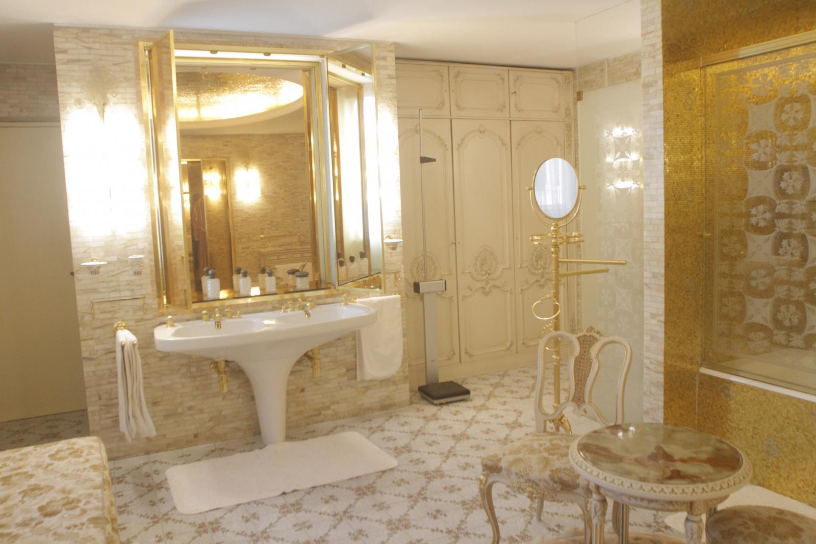 Zlatá koupelna v Jarním paláci