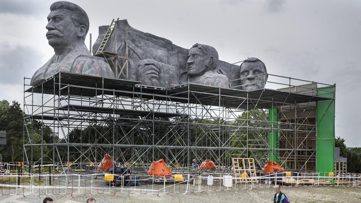 Maketa Stalinova pomníku na pražské Letné