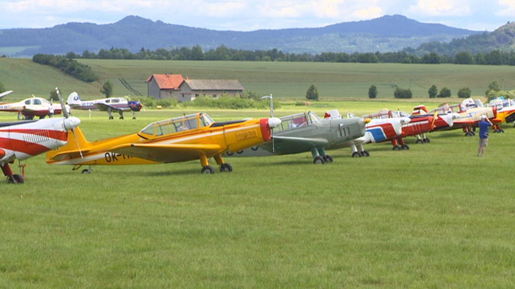 Slet československých letadel v Jičíně