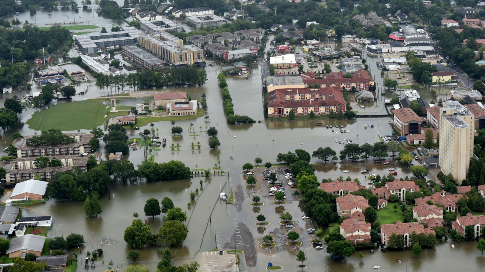 Zaplavené Baton Rouge v Louisianě
