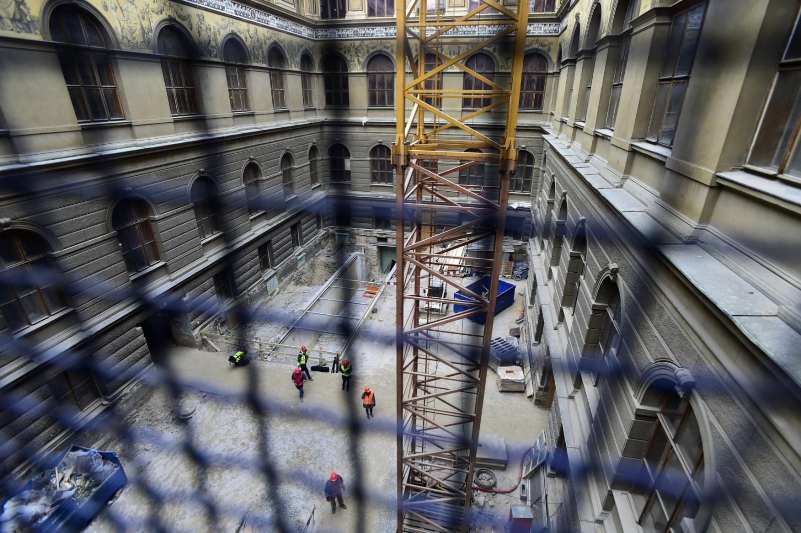 Opravy Národního muzea