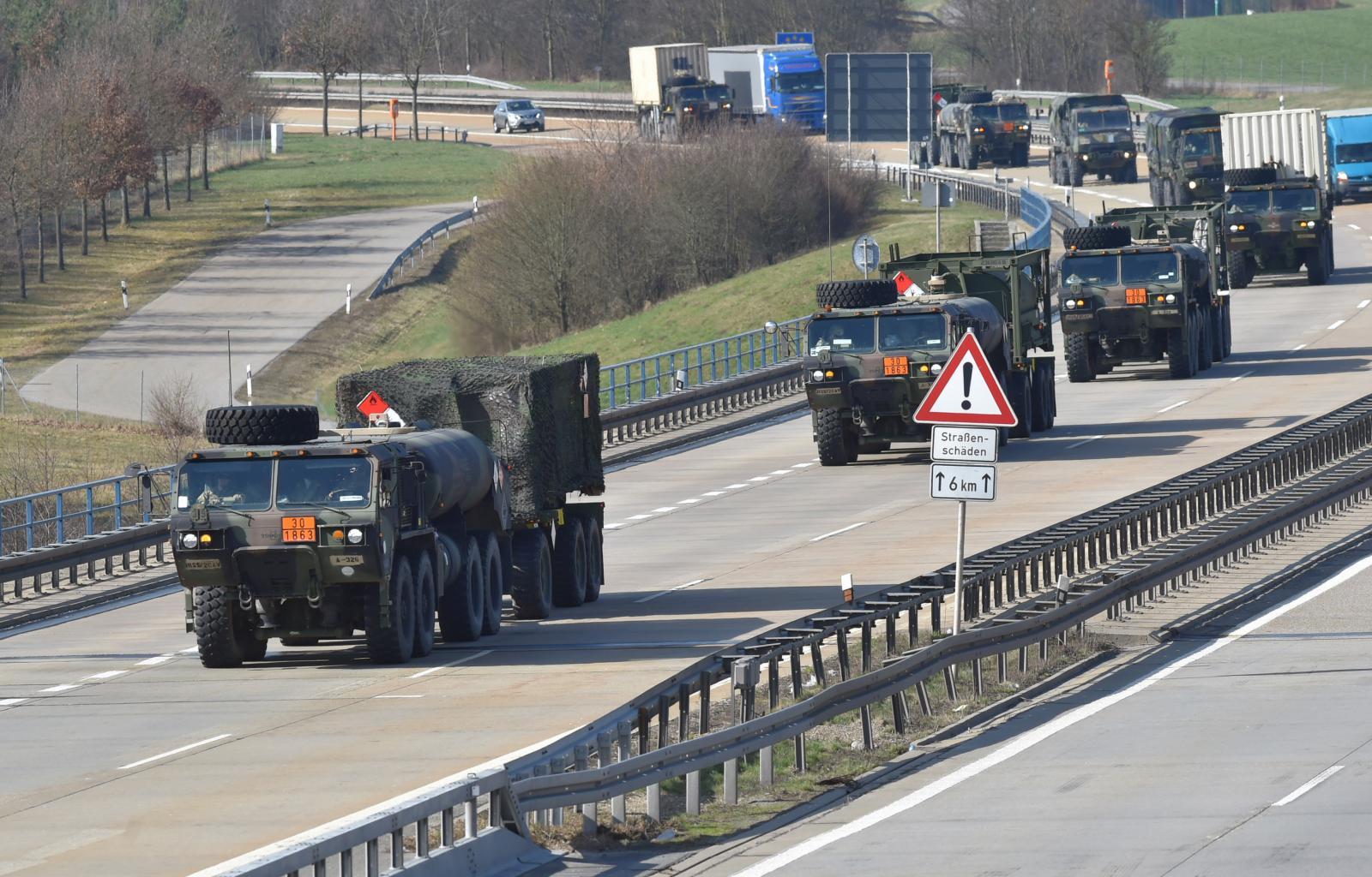 Českem projel vojenský konvoj NATO