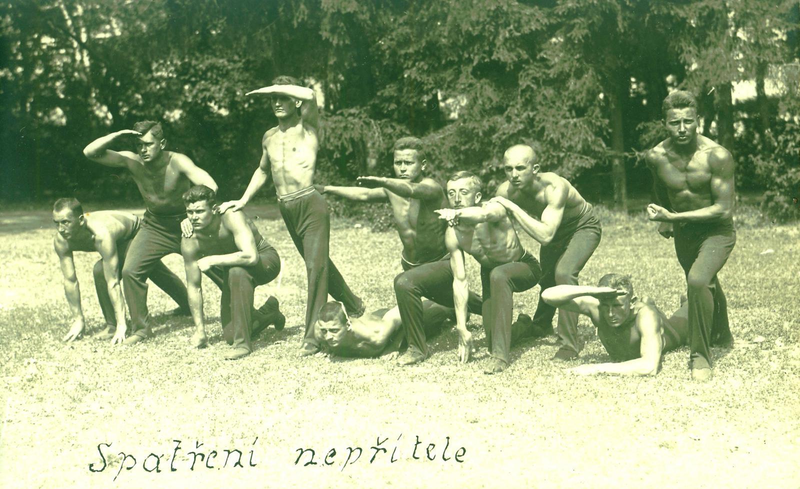 Českoslovenští legionáři v Rusku v roce 1919. Živé obrazy - Spatření nepřítele