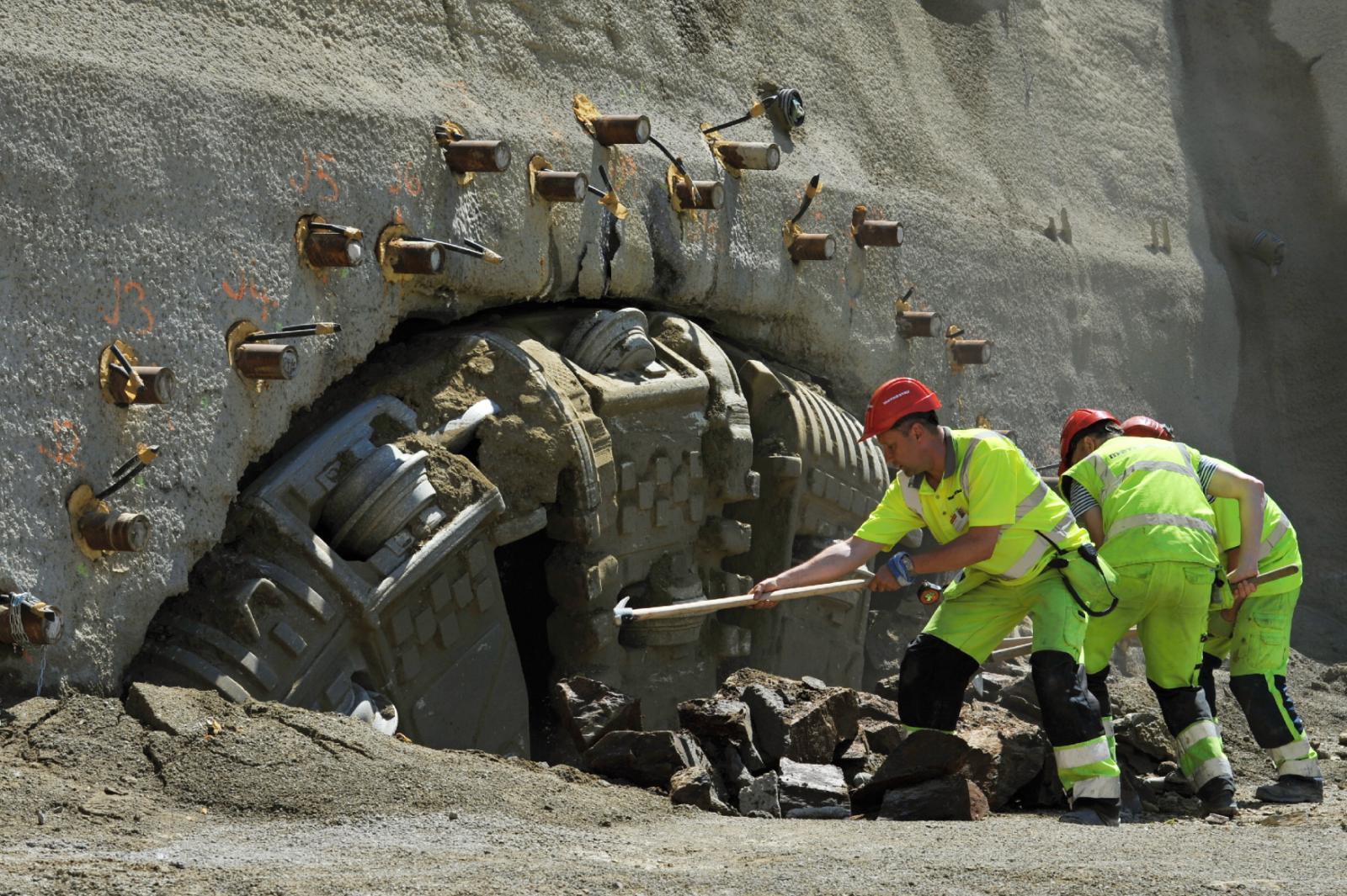 Ražba tunelu u Ejpovic