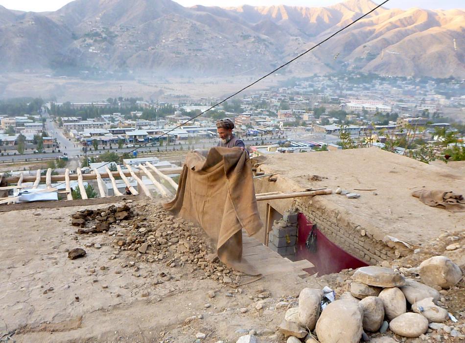 Následky zemětřesení v afghánském Badachšánu