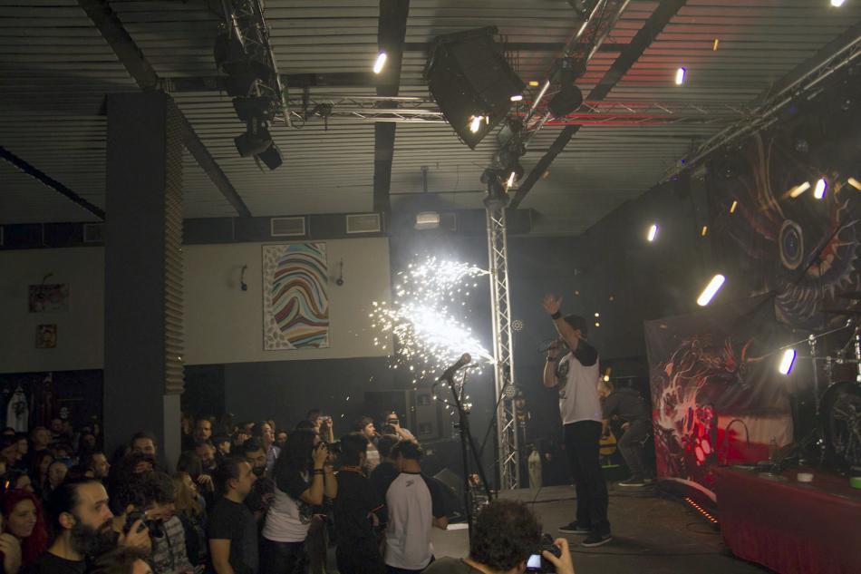 Kapela Goodbye to Gravity v klubu Colectiv