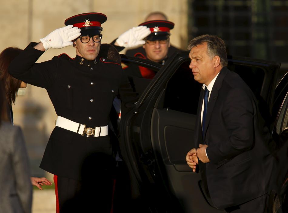 Viktor Orbán po příjezdu na maltský summit