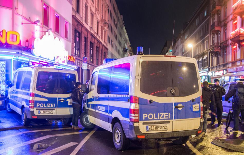 Policejní razie u nádraží ve Frankfurtu