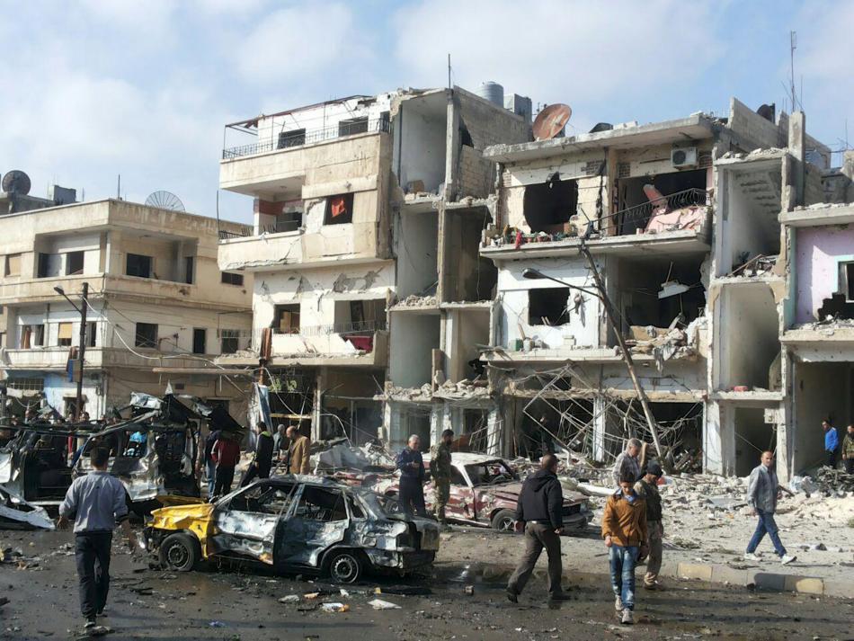 Následky výbuchů v Homsu