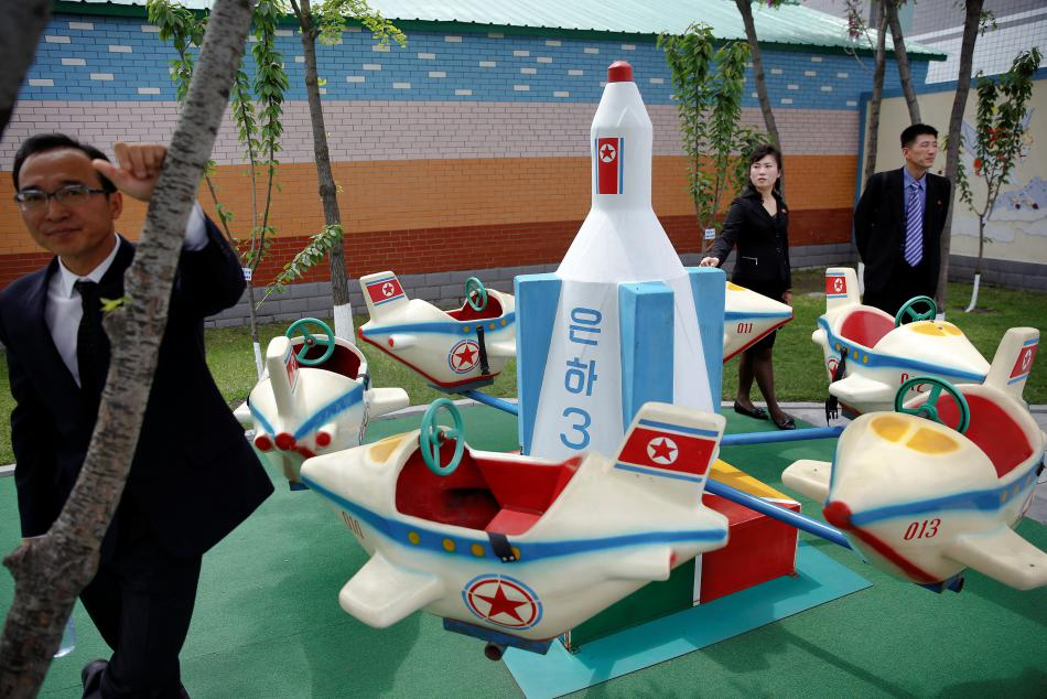 Zahraniční novináři si pod dohledem prohlédli například školku v Pchjongjangu