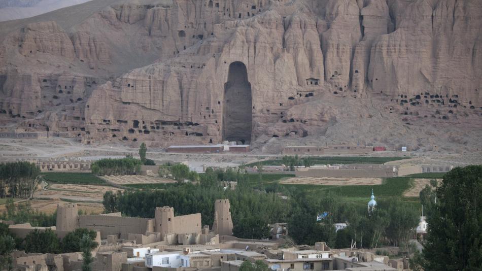 Po soše Buddhy v Bamijánu zůstal prázdný výklenek