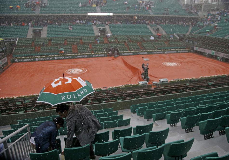Bouřka přerušila v sobotu i program tenisového Rolland Garros
