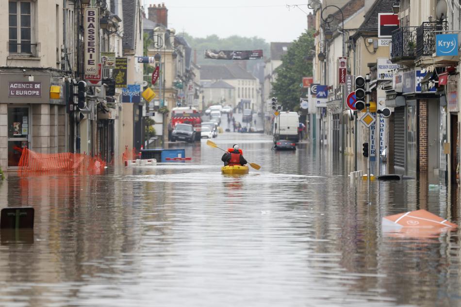 Zaplavené město Nemours