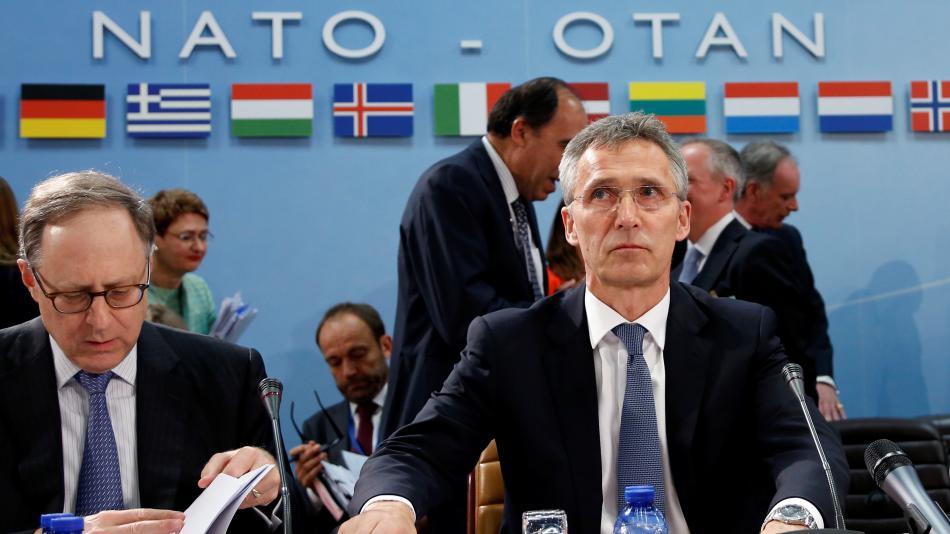 Jen Stoltenberg na jednání ministrů obrany zemí NATO v Bruselu