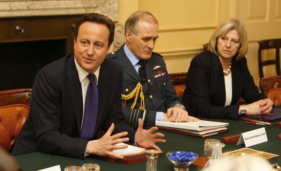 Mayová s premiérem Cameronem po vítězných volbách v roce 2010
