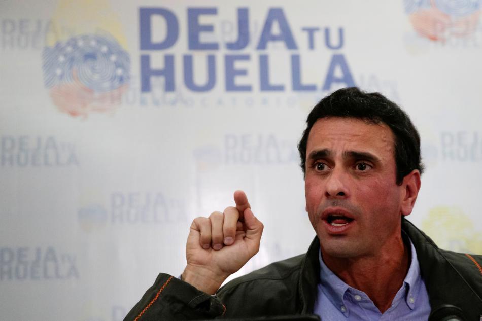 Lídr opozice Henrique Capriles