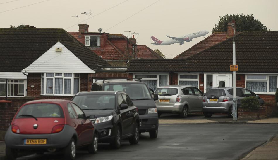 Harmondsworth leží přímo u letiště Heathrow