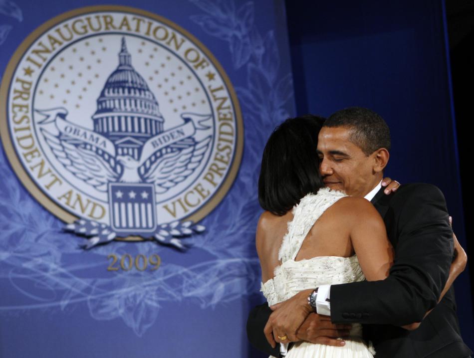 Barack Obama se svou ženou Michelle na jednom z inauguračních plesů (2009)