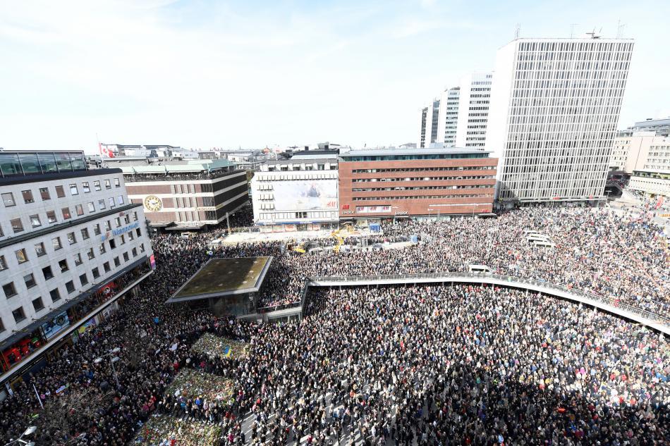 Pietní shromáždění v centru Stockholmu