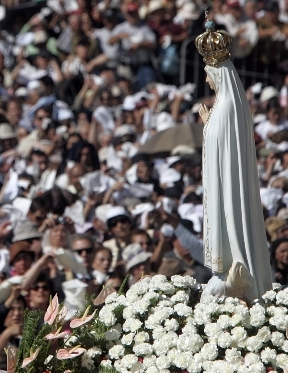 Socha Panny Marie z Fátimy