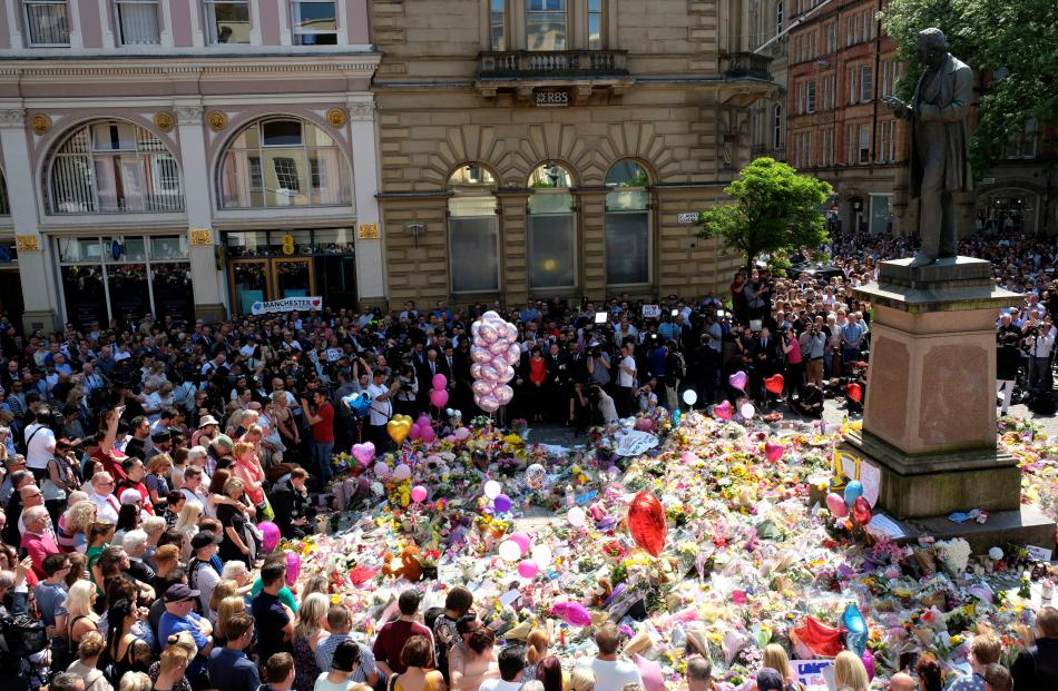 Minuta ticha za oběti teroru v Manchesteru