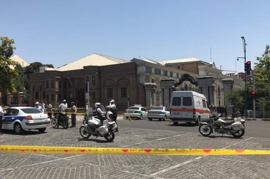 Útok v íránském parlamentu