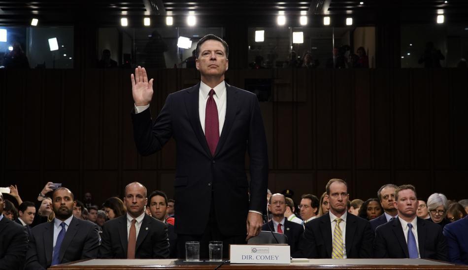 James Comey před vyšetřovacím výborem