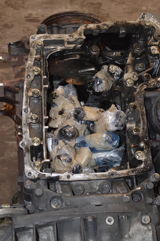 Zbraně ukryté v převáženém motoru