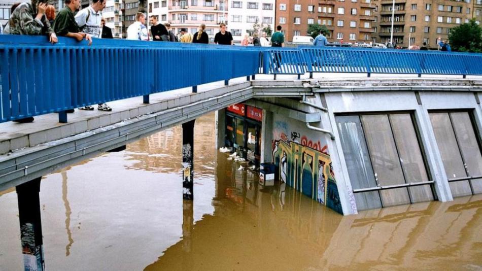 Zaplavená stanice metra Vltavská