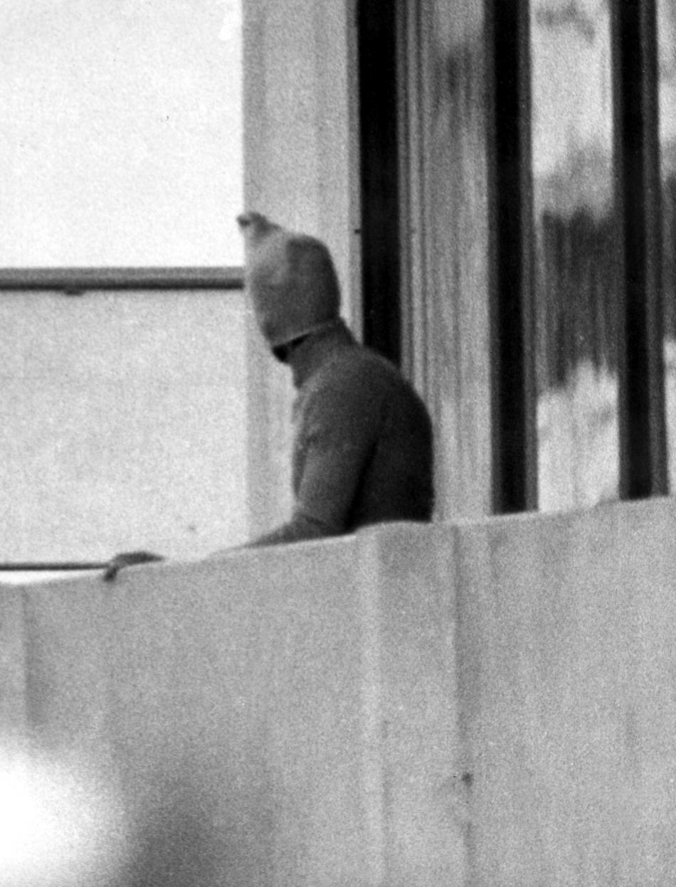 Palestinský terorista na balkonu ubytovny izraelských sportovců
