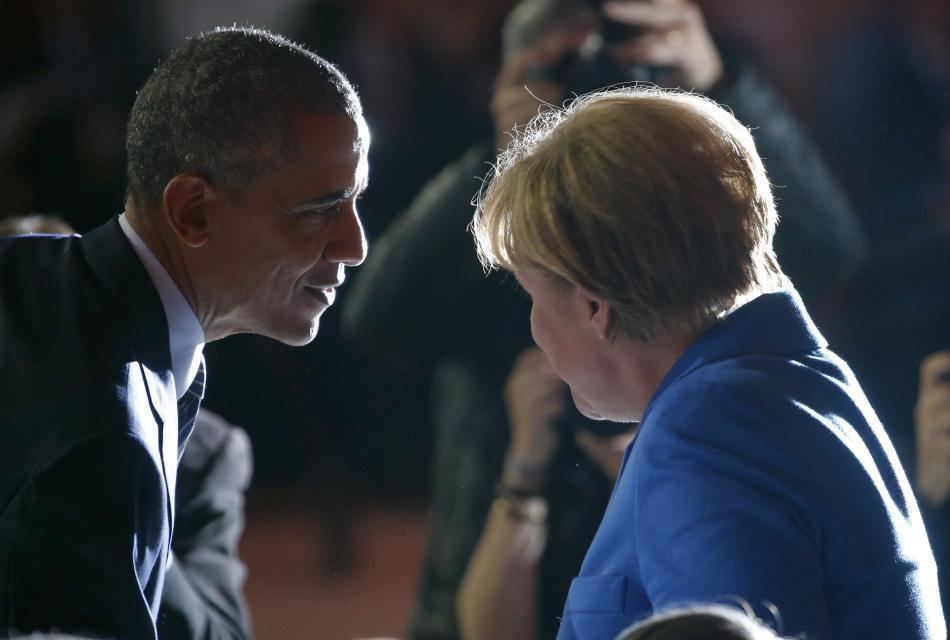 Angela Merkelová a Barack Obama na klimatickém summitu COP 21 v Paříži, kde oba patřili k hlavním postavám úspěšného vyjednávání o nové dohodě ohledně globální ochrany klimatu