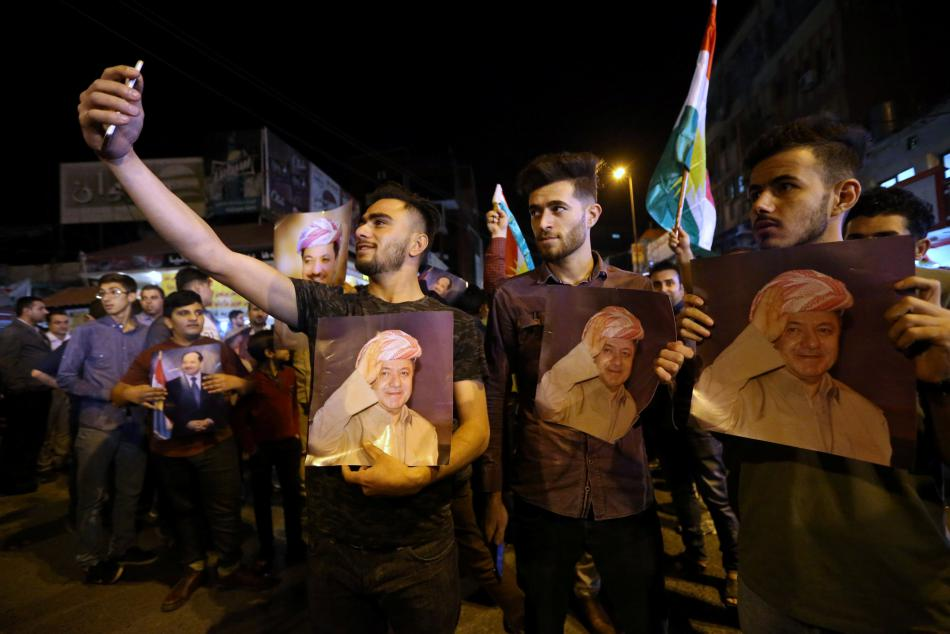 Demonstrace příznivců prezidenta Barzáního