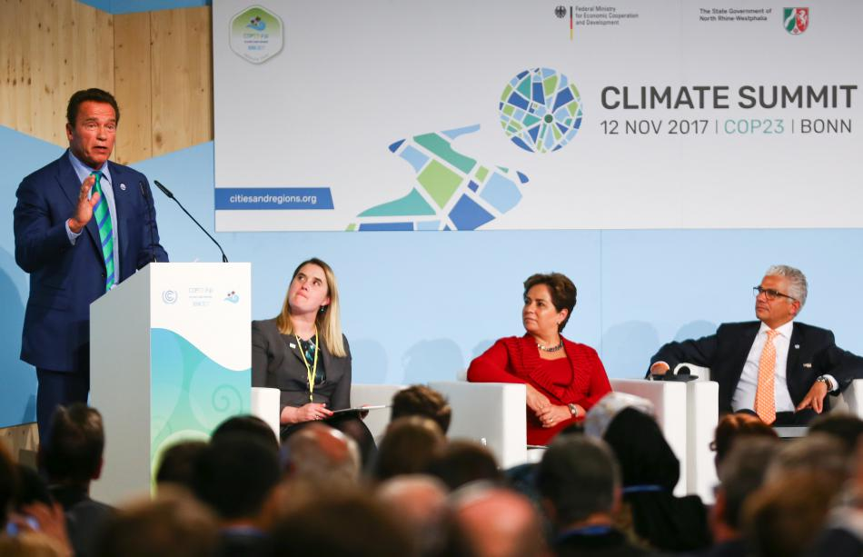 Arnold Schwarzenegger na klimatickém summitu OSN v Bonnu
