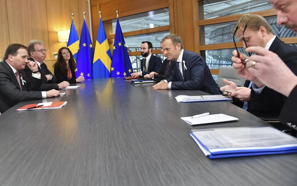 V Bruselu začíná dvoudenní summit EU