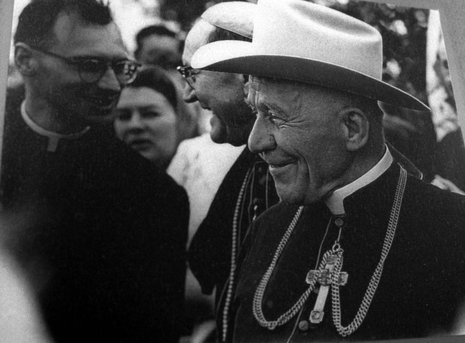 Kardinál Beran během své cesty po USA v roce 1966 zavítal i do Texasu
