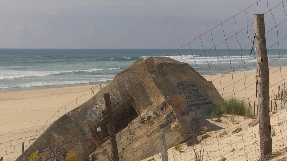 Zbytky válečného opevnění na atlantickém pobřeží