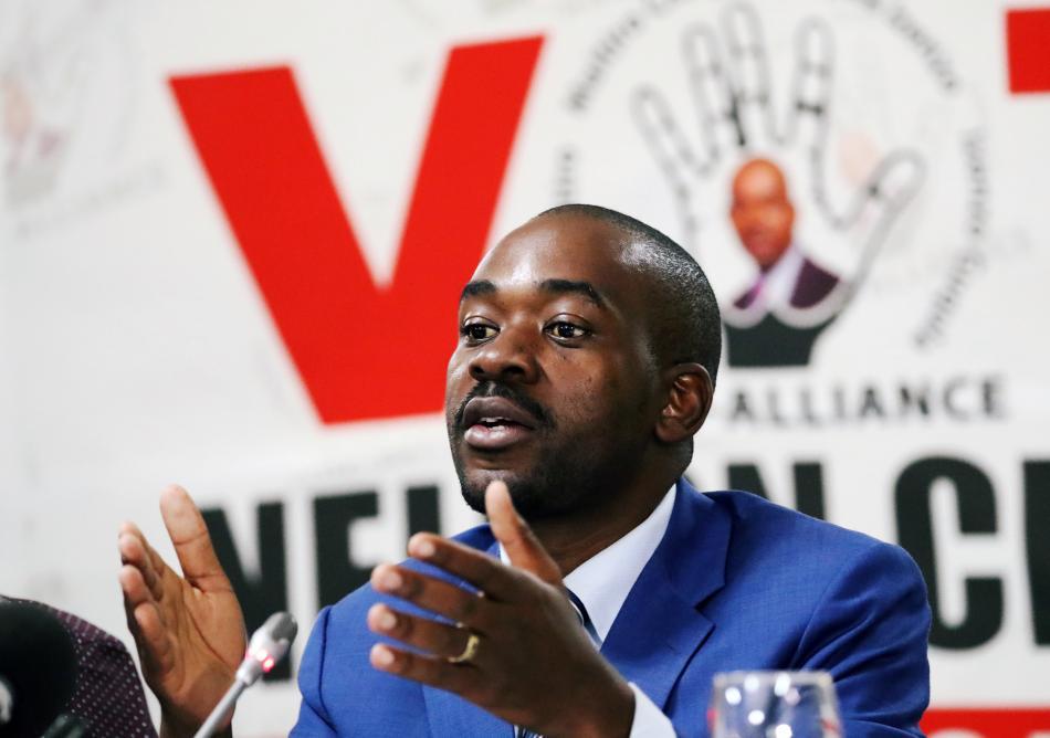 Opoziční lídr Nelson Chamisa