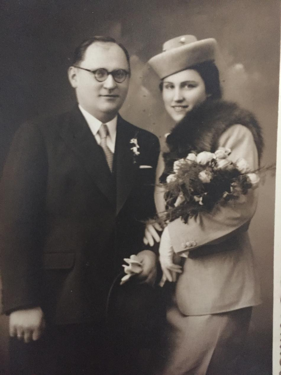Růžena Bunžová s manželem - svatební fotografie