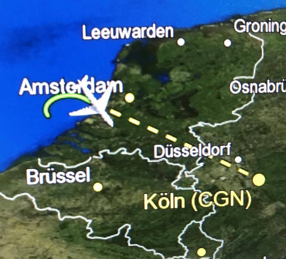 Let německého vládního speciálu na leteckém radaru