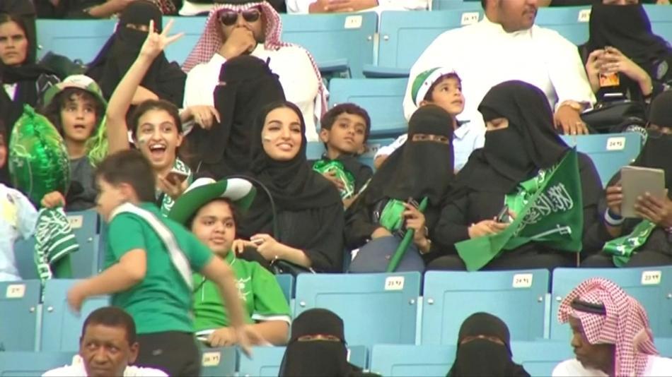 Saúdské Arabky na fotbalovém zápase