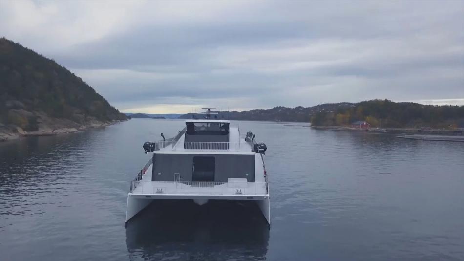 Katamarán Vize fjordů
