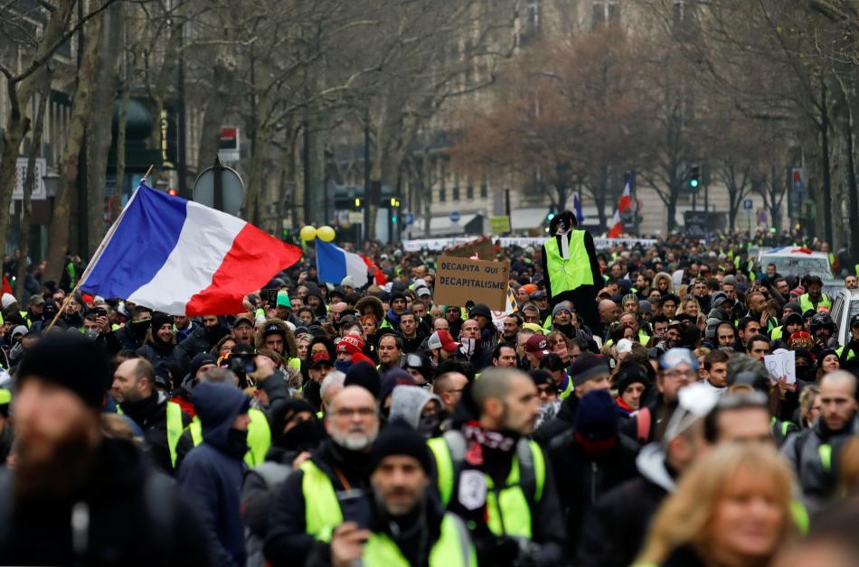 Protest žlutých vest ve francouzské metropoli