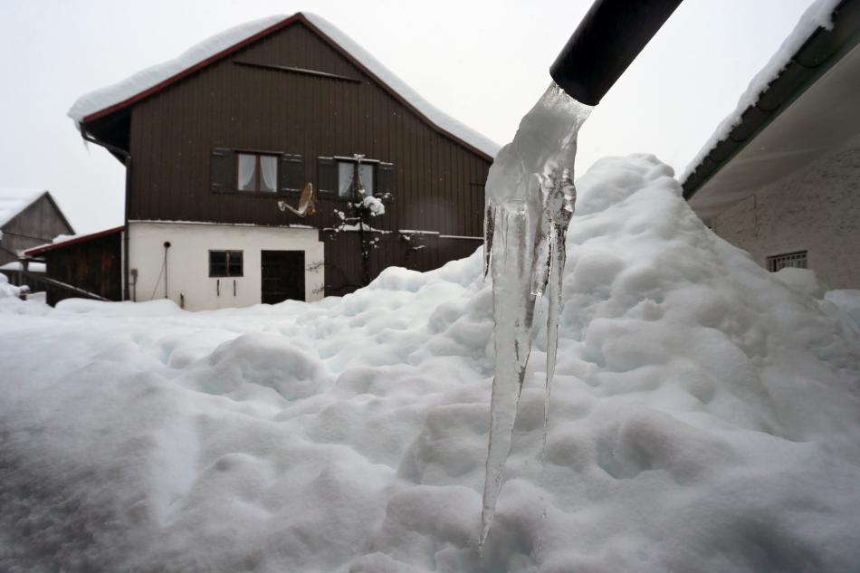 Zasněžené alplské středisko Oberstdorf