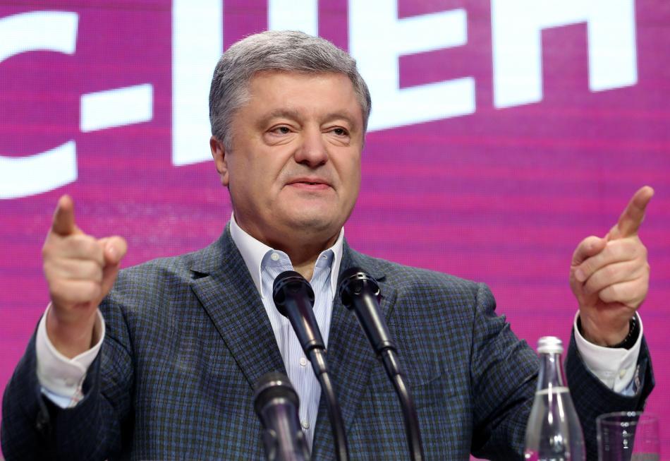Petro Porošenko promlouvá po volbách ve svém štábu
