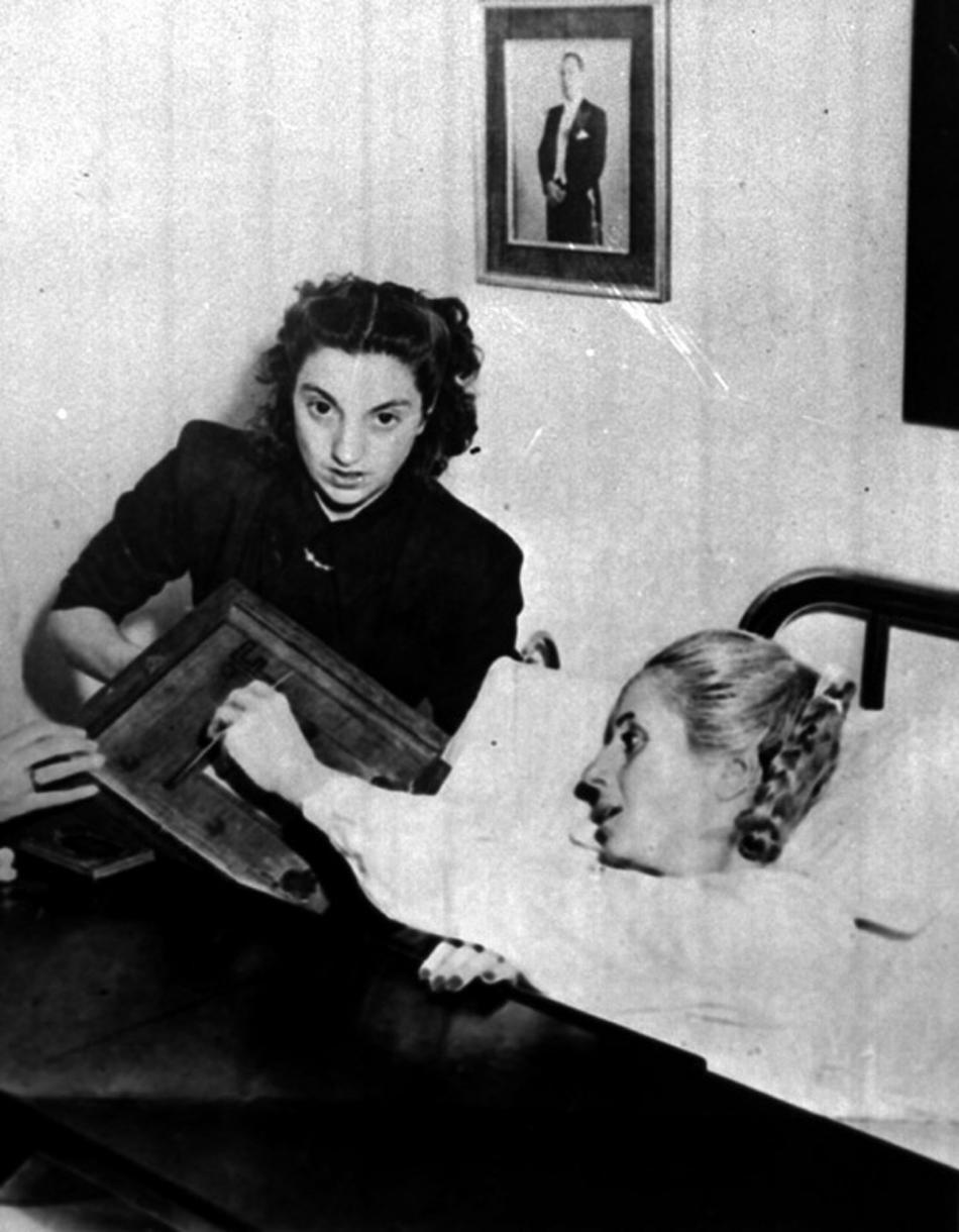 Ve volbách v listopadu 1951 hlasovala Eva Perónová z nemocničního lůžka