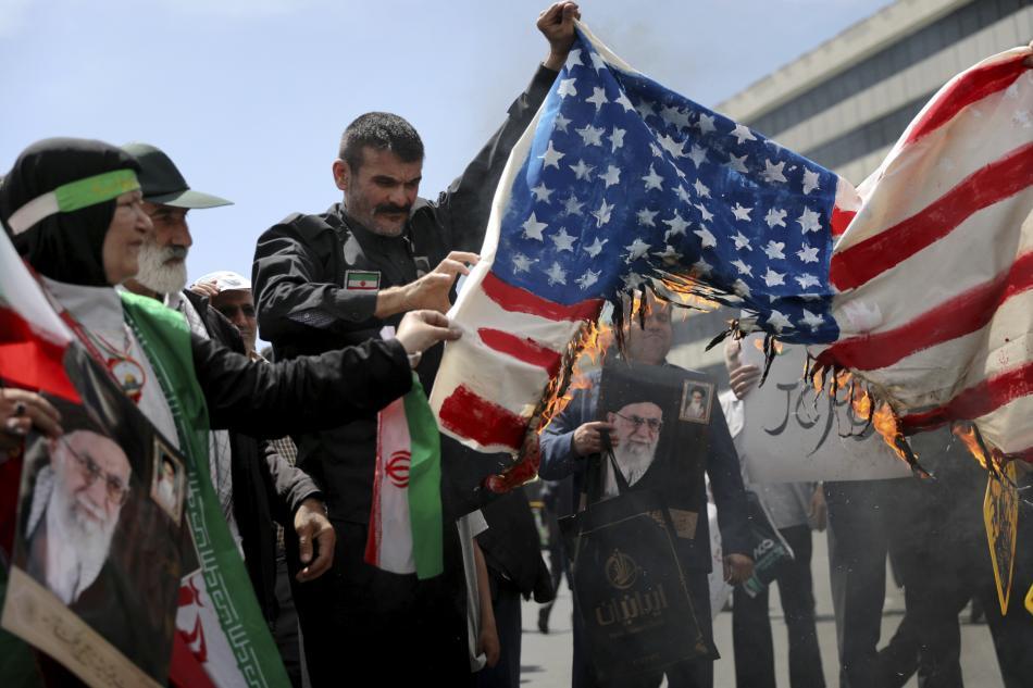 Protiamerický protest v Teheránu