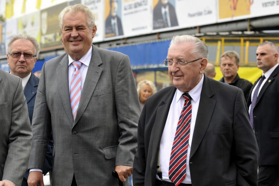Prezident Miloš Zeman a František Čuba na dostizích ve Slušovicích