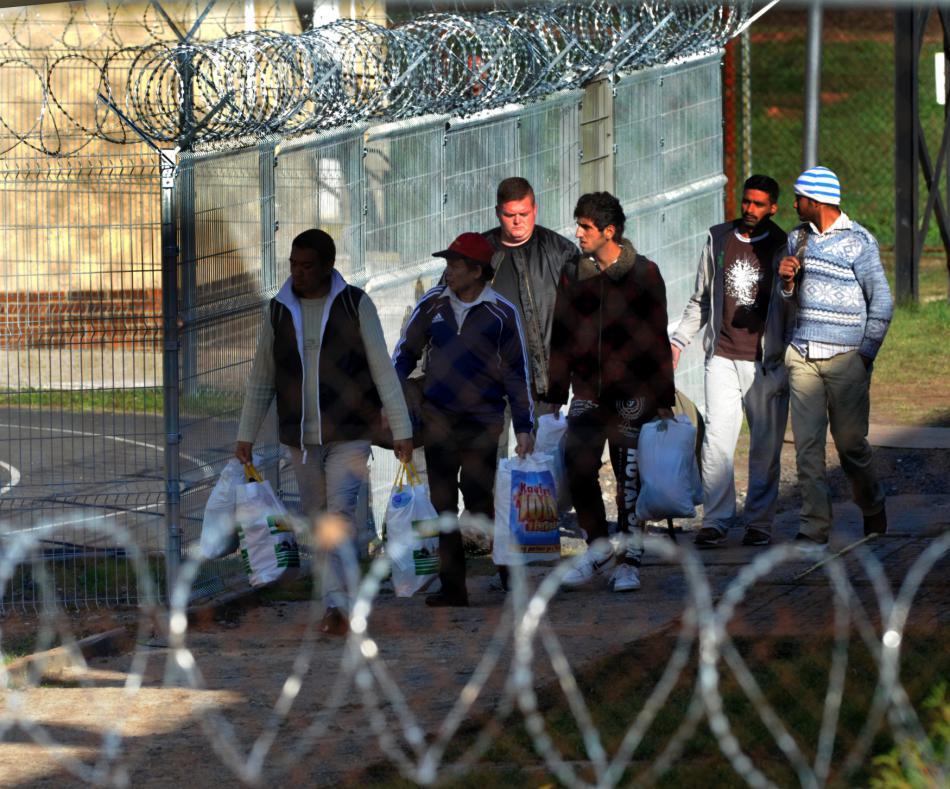 80 uprchlíků převezli do Drahonic